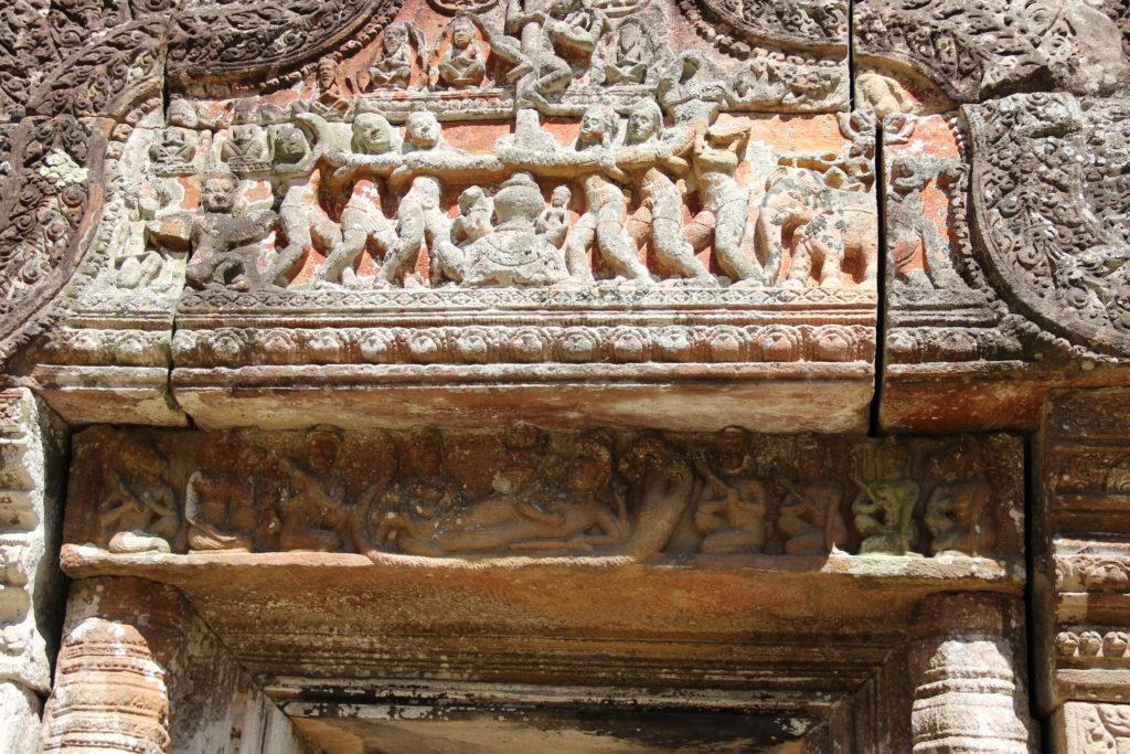 Декаративное оформление наддверных и оконных перемычек в пространстве раннеангкорского храмового комплекса