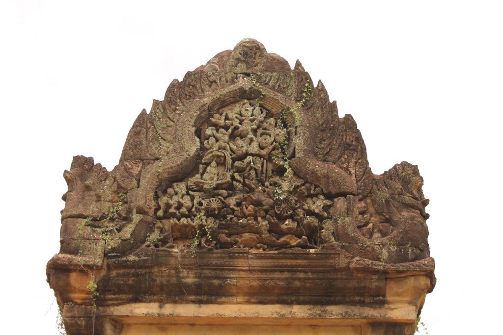 Некоторые аспекты взаимосвязи типологии кхмерских храмов раннеангкорского периода (IX-XI ВВ.) и скульптурного оформления