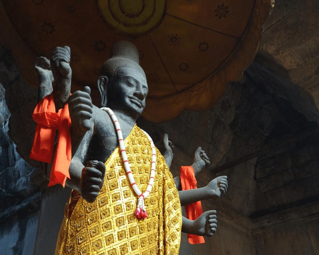 Легендарные храмы Ангкора. Большой и малый круг
